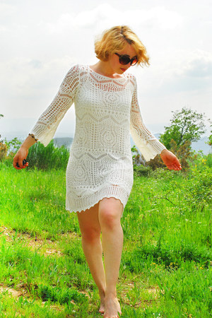 white crochet H&M dress