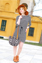 black striped H&M dress