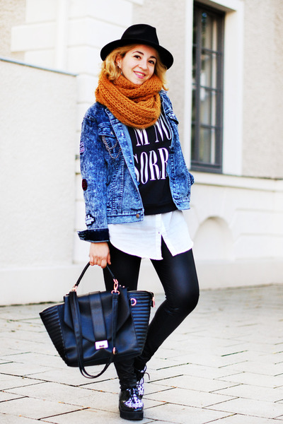black printed Forever 21 sweatshirt - navy denim Forever 21 jacket