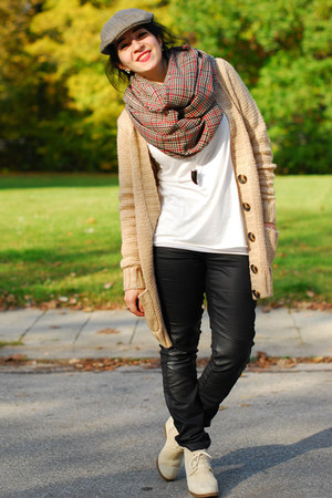 circle H&M scarf - brown H&M hat - nude Pimkie cardigan
