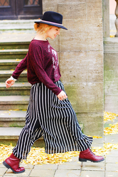black striped maxi Forever 21 skirt - maroon Zara sweater