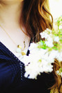 White-rose-eclectic-eccentricity-necklace-white-rose-lace-thecoloris-dress