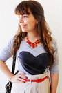 Heart-choies-shirt-romwe-bag-zara-skirt-bijulândia-necklace-romwe-belt