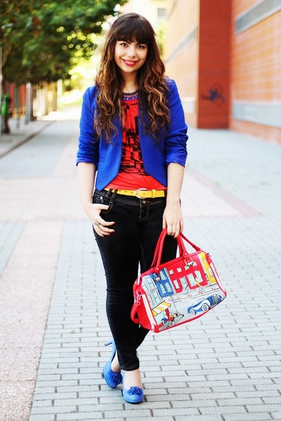 ruby red bonjour Primark t-shirt - blue Kristines Collection blazer