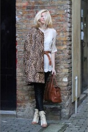 leopard print Mango coat - Mulberry bag - leather Zara pants