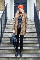 Mango coat - Francesco Biasia bag - Zara top