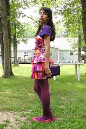 ami clubwear dress - kohls tights - clutch purse - t-shirt - snakeskin print lib