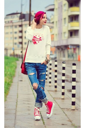 nowIStyle sweatshirt - ripped DIY jeans - platform nowIStyle sneakers