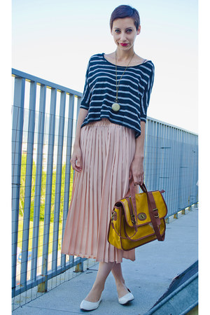 mustard satchel deichman bag - peach pleated second hand skirt