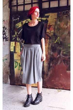 vintage skirt - short nowIStyle t-shirt