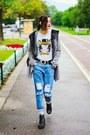 Boyfriend-front-row-shop-jeans-fur-second-hand-cardigan