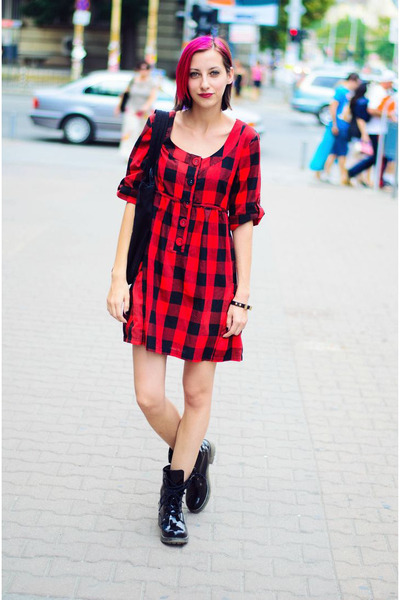 plaid Ichi dress - black patent Clarks boots