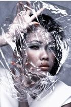 Plastic Girl-01
