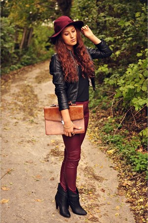 material bordo leggings