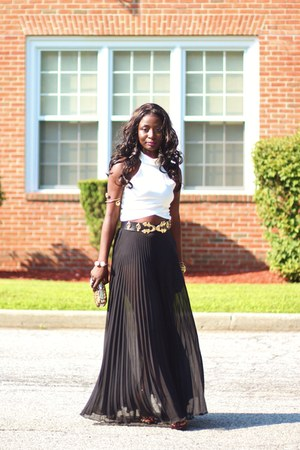black pleated asos skirt