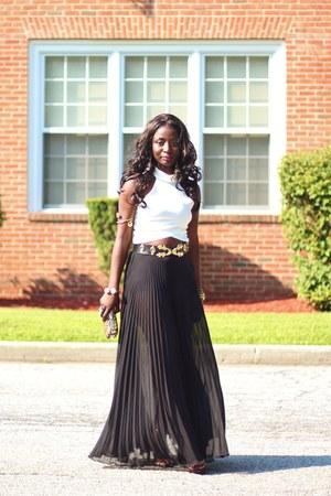 black pleated asos skirt