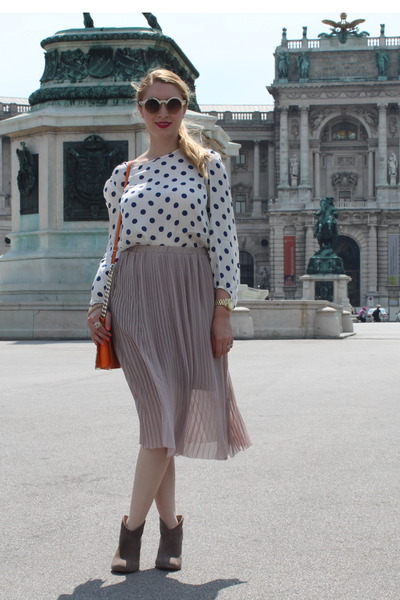 Topshop skirt - Zara blouse