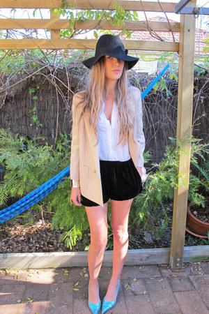 Indy C hat - vintage blazer - vintage shirt - velvet bloomers cameo shorts - Ado
