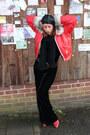 Red-vintage-boots-black-hat-red-vintage-jacket