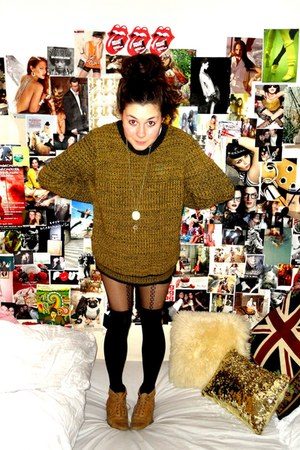 Topshop boots - Topshop tights - Topman jumper - Urban Outfitters necklace