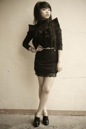 black blazer - black dress - black belt - black Zara shoes - black bracelet