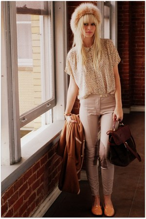 beige vintage blouse - peach dieppa restrepo shoes