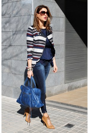 Zara coat - Zara shoes - Zara jeans - balenciaga bag - Vogue sunglasses