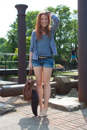 blue Topshop shorts - gray H&amp;M top - gray aa cardigan - beige Topshop shoes - br