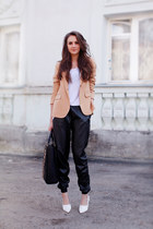 Zara blazer - Zara bag - H&M shorts - Sheinside pants - H&M t-shirt