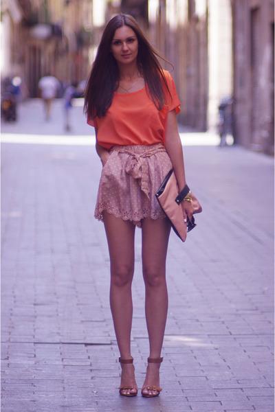 nude Solilor shorts - nude asos bag - carrot orange Solilor top