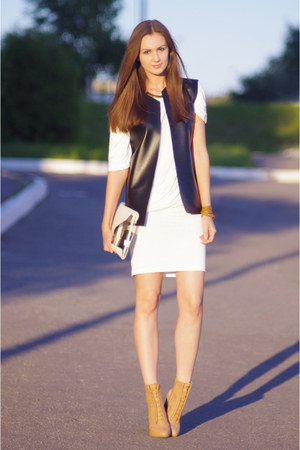 black DIY vest - ivory Glamorous dress