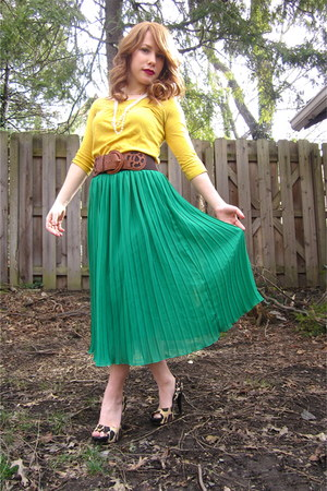 skirt - sunshine t shirt - belt - Jessica Simpson heels