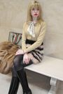 Black-hanes-top-black-31-phillip-lim-skirt-white-vintage-necklace-gold-vin
