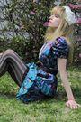 Blue-anna-sui-dress-brown-belt-white-vintage-costume-necklace-pink-vita-br