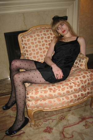 black heart American Apparel tights - black suede Miu Miu shoes