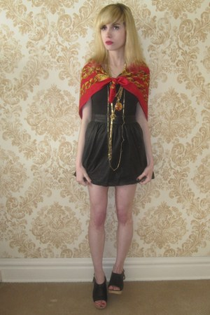 ruby red silk vintage chanel scarf - black leather Joie skirt