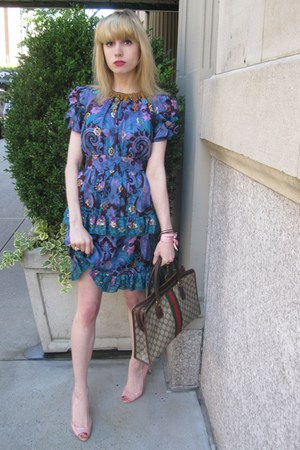 blue paisley Anna Sui dress - dark khaki logo Vintage Gucci bag