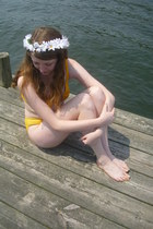 mustard vintage swimwear - white daisy crown DIY accessories