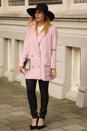 Frontrowshop coat - Isabel Marant heels