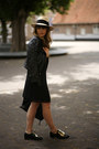 Front-row-shop-shoes-zara-dress-h-m-hat-balenciaga-bag