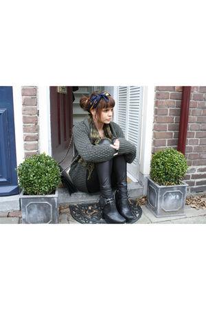 sam edelman boots - vintage scarf - vintage cardigan - Primark leggings