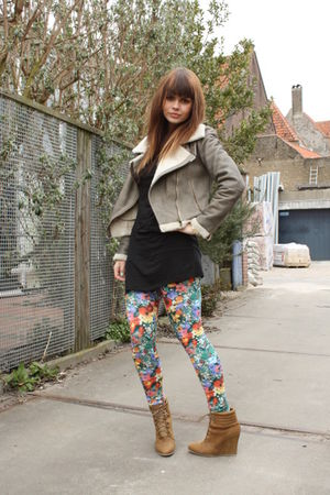 H&amp;M garden collection leggings - Zara shoes - Zara jacket