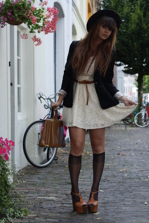 H&M skirt - Jessica Simpson shoes