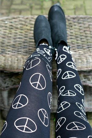 black Fashioncasuals leggings