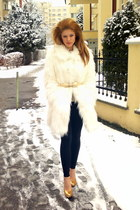 white fur coat Bershka coat - black leggins H&M leggings - Zara blouse