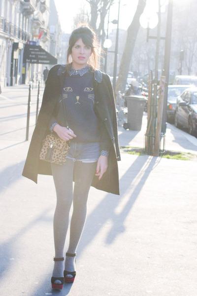 navy BLANCO shirt - black Claudie Pierlot coat - Topshop bag - navy Levis shorts