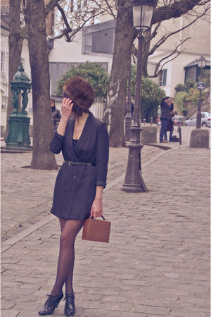 brown vintage hat - black H&M dress - brown vintage accessories