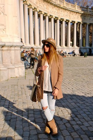 camel H&amp;M coat - camel Ugg boots - camel vintage hat - cream H&amp;M shirt