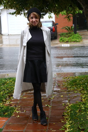 black Steve Madden boots - off white maxi trench H&M coat