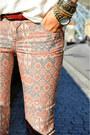 Studded-shirt-mango-shirt-printed-jeans-stradivarius-jeans